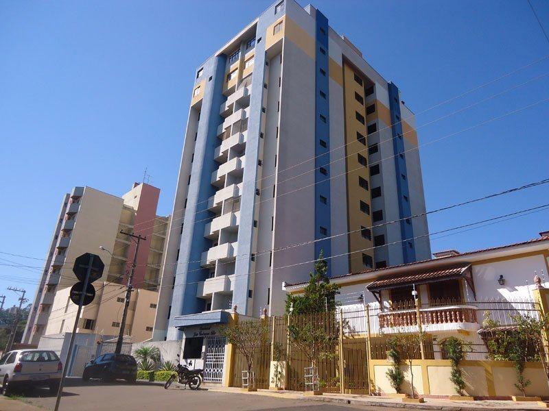 Alugar Apartamento / Padrão em São Carlos. apenas R$ 979,76