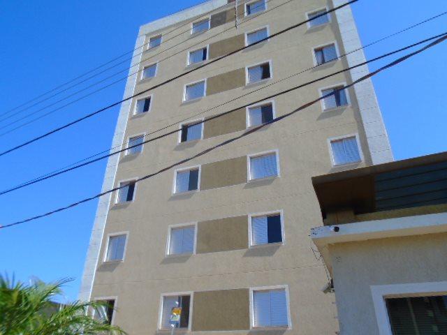 Alugar Apartamento / Padrão em São Carlos. apenas R$ 1.112,00