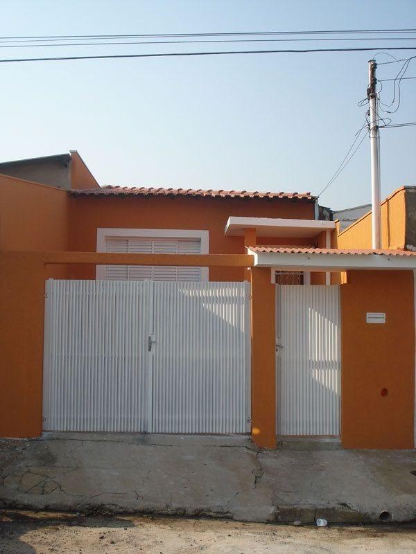 Alugar Casa / Padrão em São Carlos. apenas R$ 1.077,00
