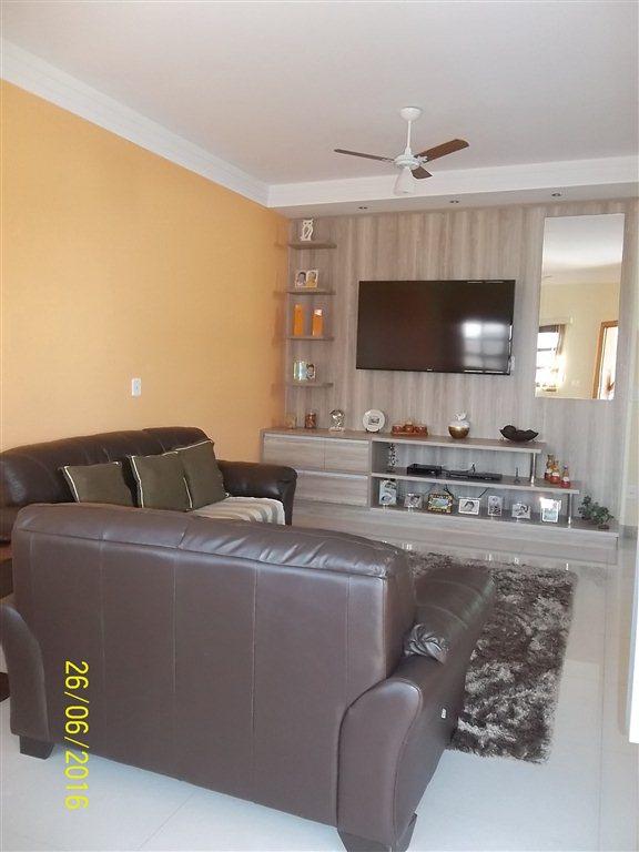 Alugar Casa / Condomínio em São Carlos. apenas R$ 851.000,00