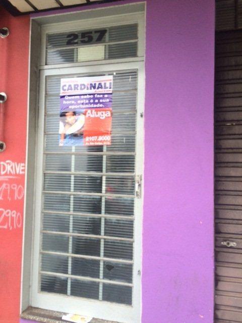 Alugar Comercial / Sala em São Carlos. apenas R$ 450,00