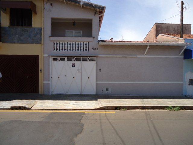 Alugar Casa / Padrão em São Carlos. apenas R$ 530.000,00
