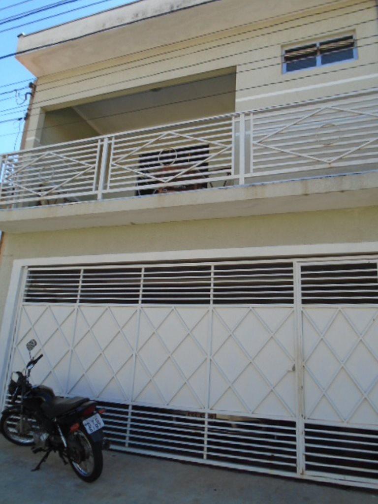 Alugar Casa / Padrão em São Carlos. apenas R$ 1.320,00