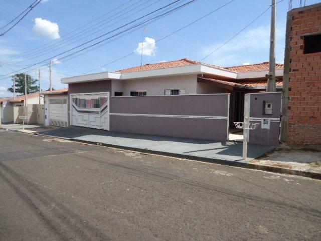 Comprar Casa / Padrão em São Carlos R$ 404.300,00 - Foto 1
