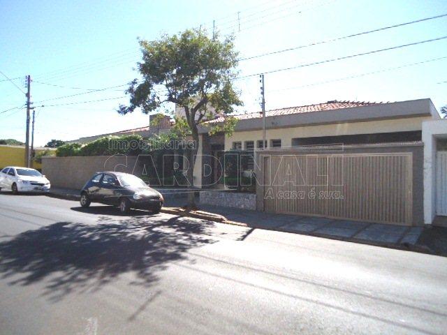 Alugar Casa / Padrão em São Carlos. apenas R$ 998.000,00