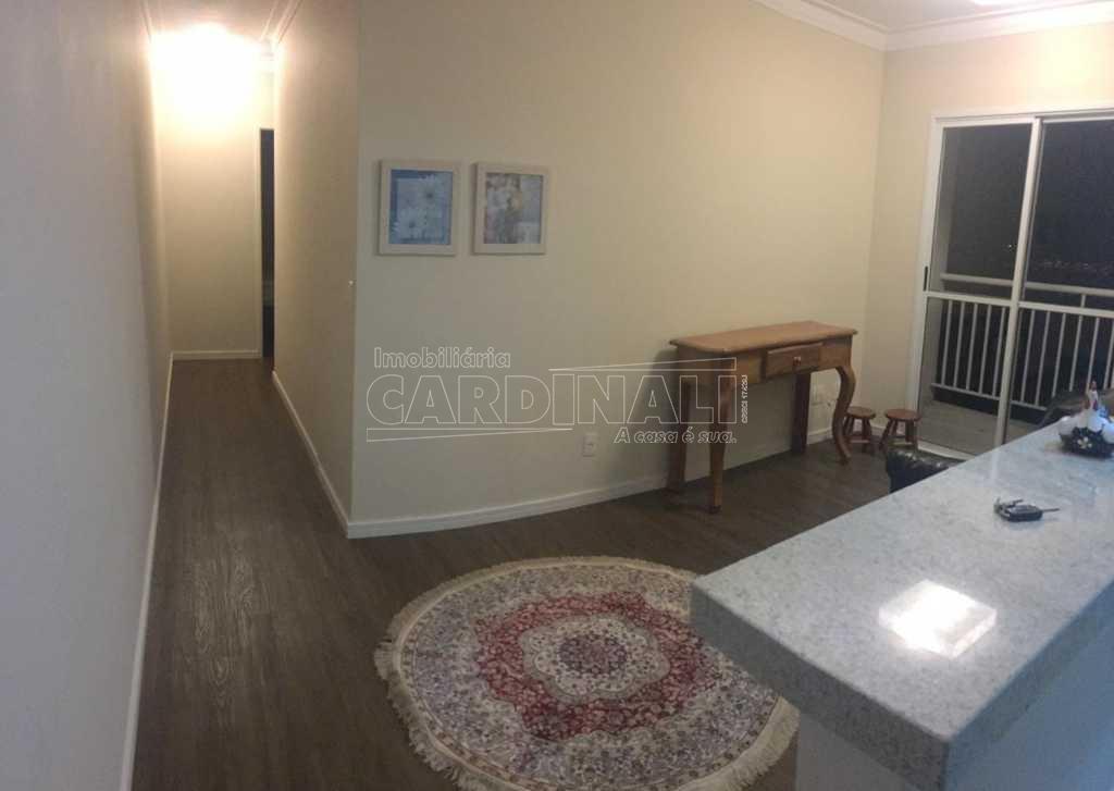 Alugar Apartamento / Padrão em São Carlos R$ 1.723,00 - Foto 2