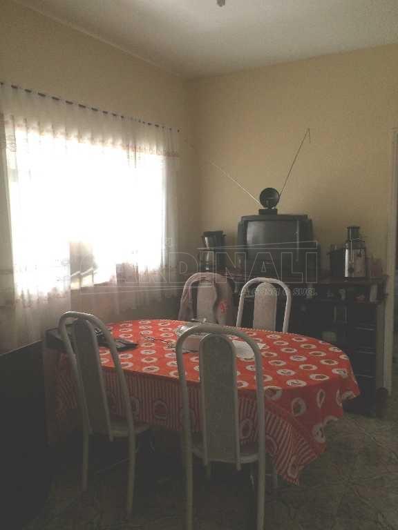 Alugar Casa / Padrão em São Carlos. apenas R$ 450.000,00