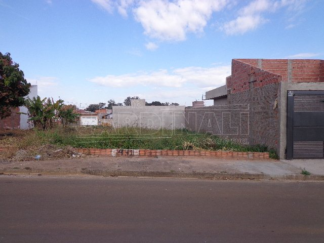 Terreno / Padrão em São Carlos , Comprar por R$120.000,00