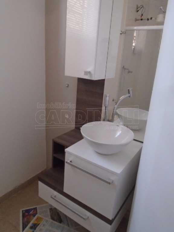 Alugar Apartamento / Padrão em São Carlos. apenas R$ 639,83
