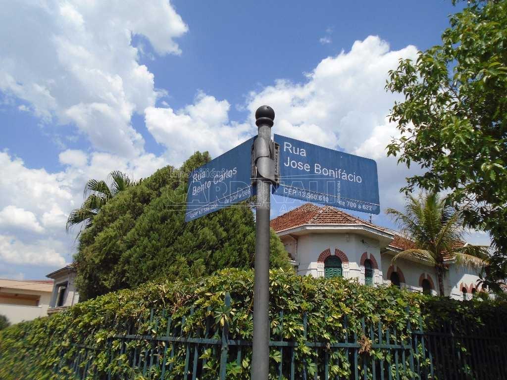 Alugar Casa / Padrão em São Carlos. apenas R$ 5.000,00