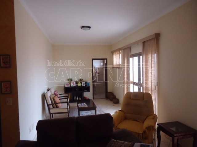 Alugar Casa / Padrão em São Carlos. apenas R$ 1.065.000,00
