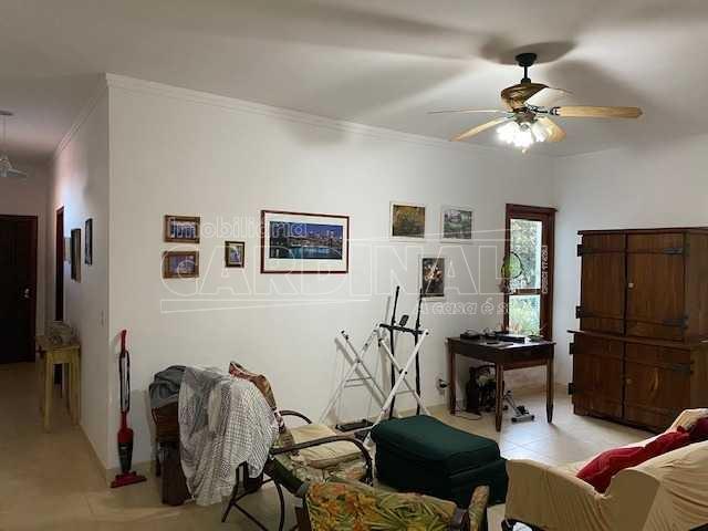 Alugar Casa / Condomínio em São Carlos R$ 11.112,00 - Foto 2