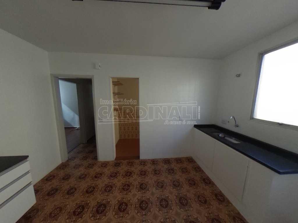 Alugar Apartamento / Padrão em São Carlos. apenas R$ 1.000,00