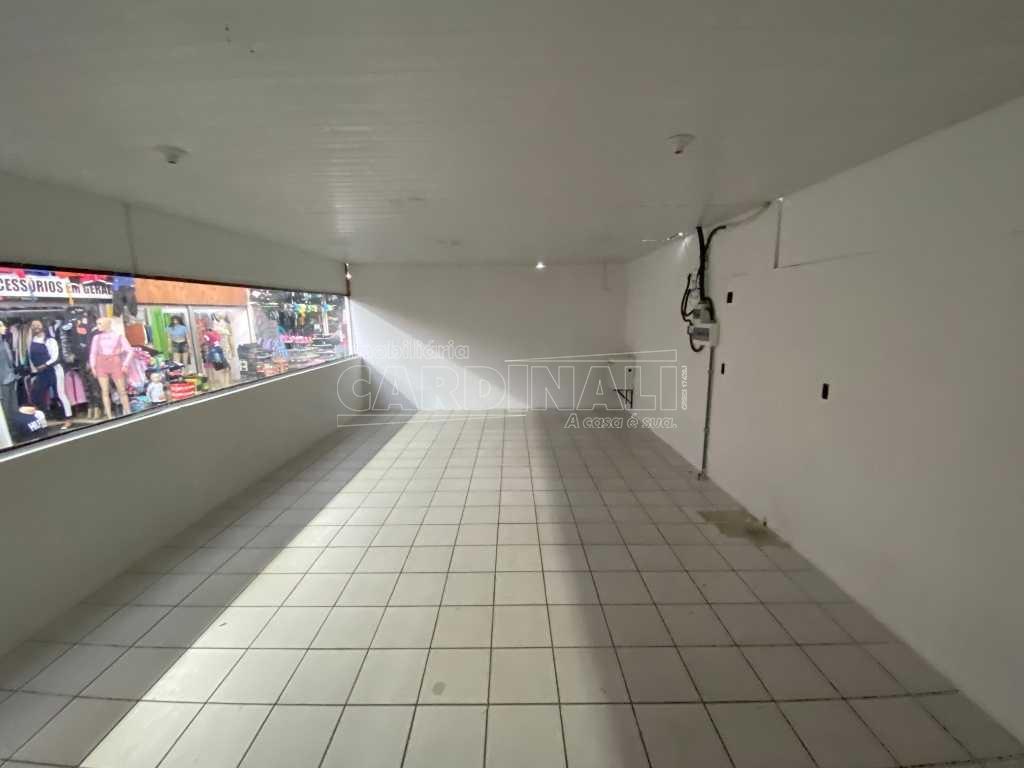 Alugar Comercial / Box em São Carlos. apenas R$ 2.889,00