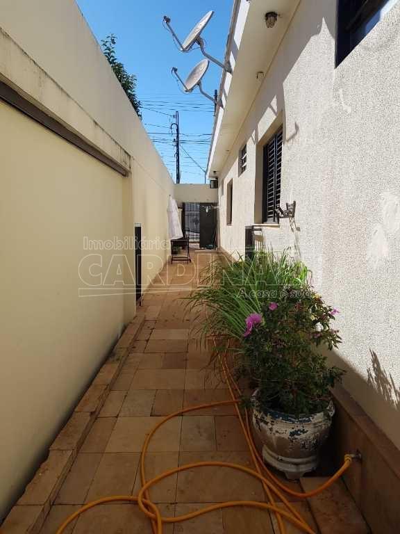 Alugar Casa / Padrão em Araraquara. apenas R$ 3.000,00