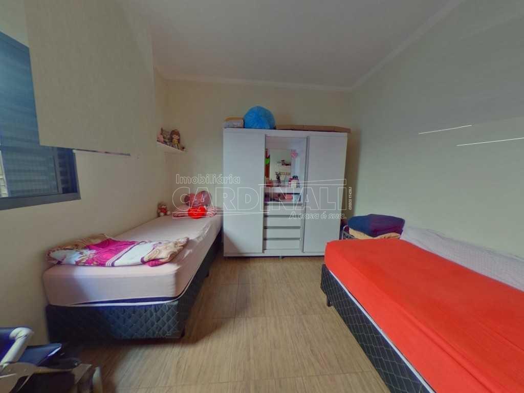 Alugar Casa / Padrão em São Carlos. apenas R$ 405.000,00