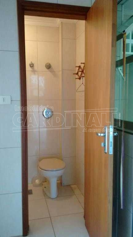 Alugar Apartamento / Padrão em São Carlos. apenas R$ 393.000,00