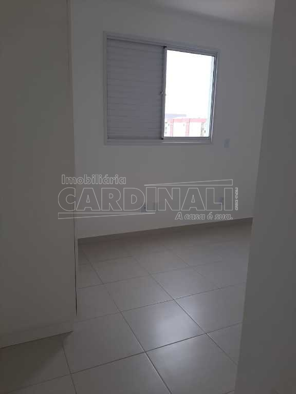 Alugar Apartamento / Padrão em São Carlos R$ 1.667,00 - Foto 6
