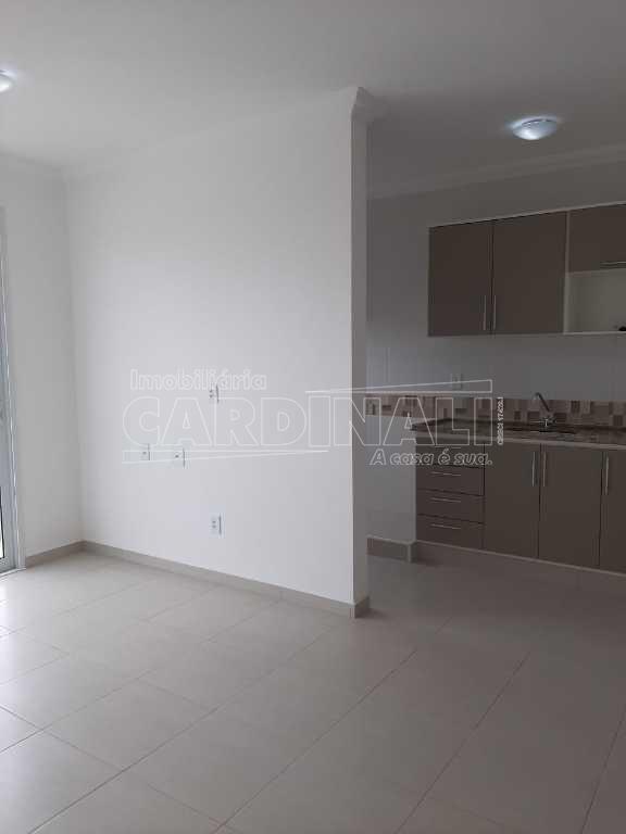 Alugar Apartamento / Padrão em São Carlos R$ 1.667,00 - Foto 11