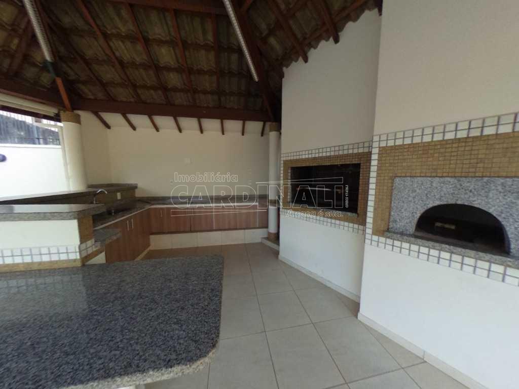 Alugar Apartamento / Padrão em Araraquara. apenas R$ 640.000,00