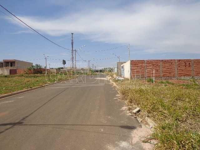 Terreno / Padrão em São Carlos , Comprar por R$180.000,00