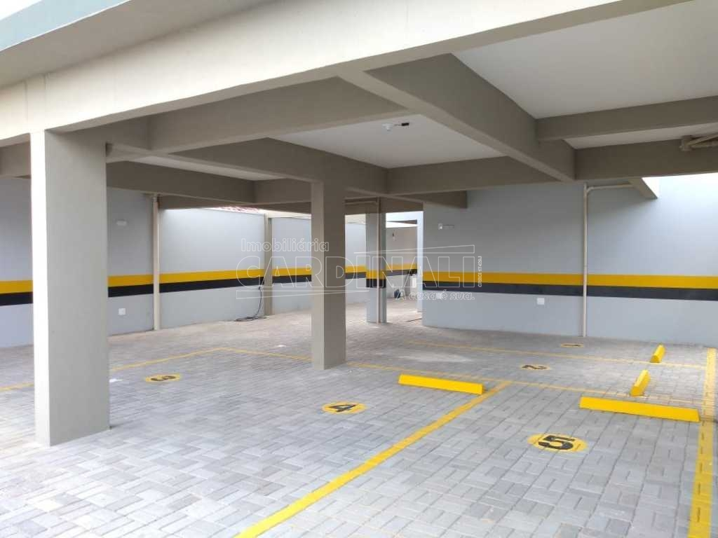 Alugar Apartamento / Padrão em São Carlos. apenas R$ 779,00