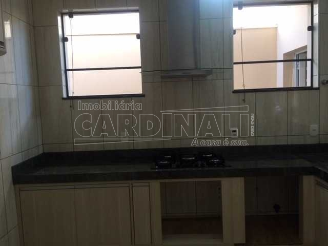 Alugar Casa / Condomínio em São Carlos R$ 3.334,00 - Foto 2