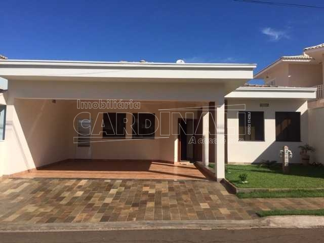 Alugar Casa / Condomínio em São Carlos R$ 3.334,00 - Foto 1