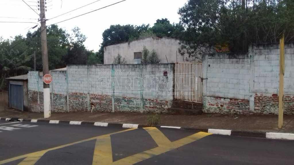 Alugar Terreno / Padrão em Ibaté. apenas R$ 165.000,00