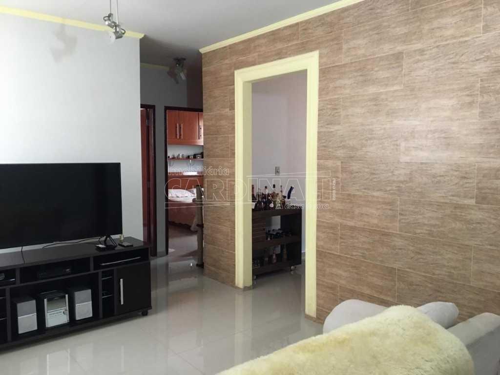 Alugar Apartamento / Padrão em São Carlos. apenas R$ 210.000,00