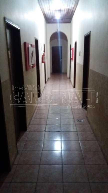 Alugar Comercial / Prédio em São Carlos R$ 5.000,00 - Foto 2