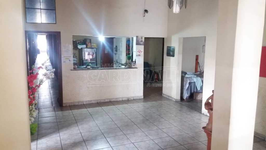 Alugar Comercial / Prédio em São Carlos R$ 5.000,00 - Foto 17