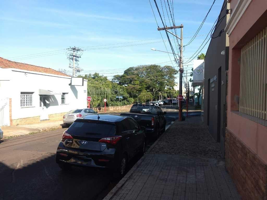 Casa / Padrão em São Carlos , Comprar por R$400.000,00