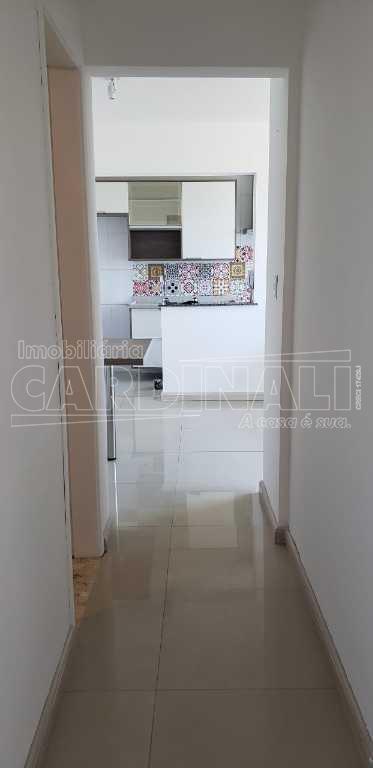 Alugar Apartamento / Padrão em São Carlos. apenas R$ 200.000,00