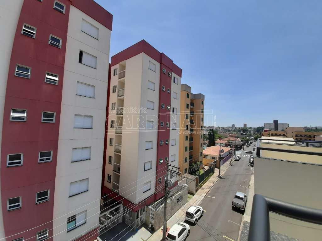 Alugar Apartamento / Cobertura em São Carlos. apenas R$ 1.000,00
