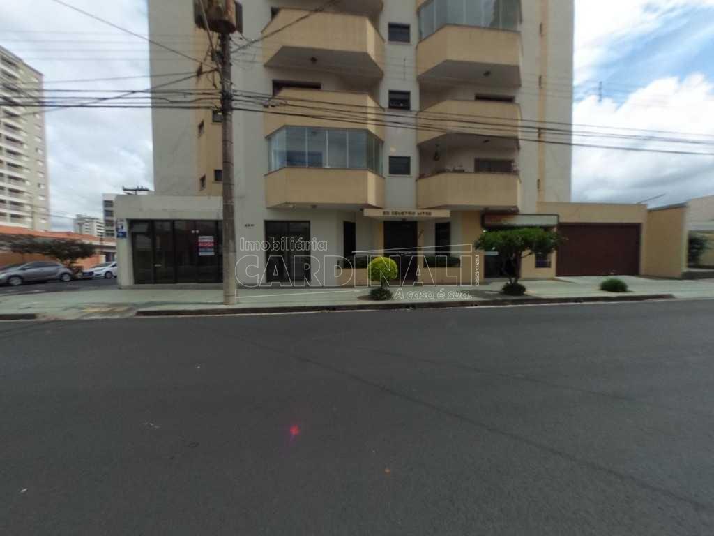 Alugar Apartamento / Padrão em São Carlos. apenas R$ 1.285,72