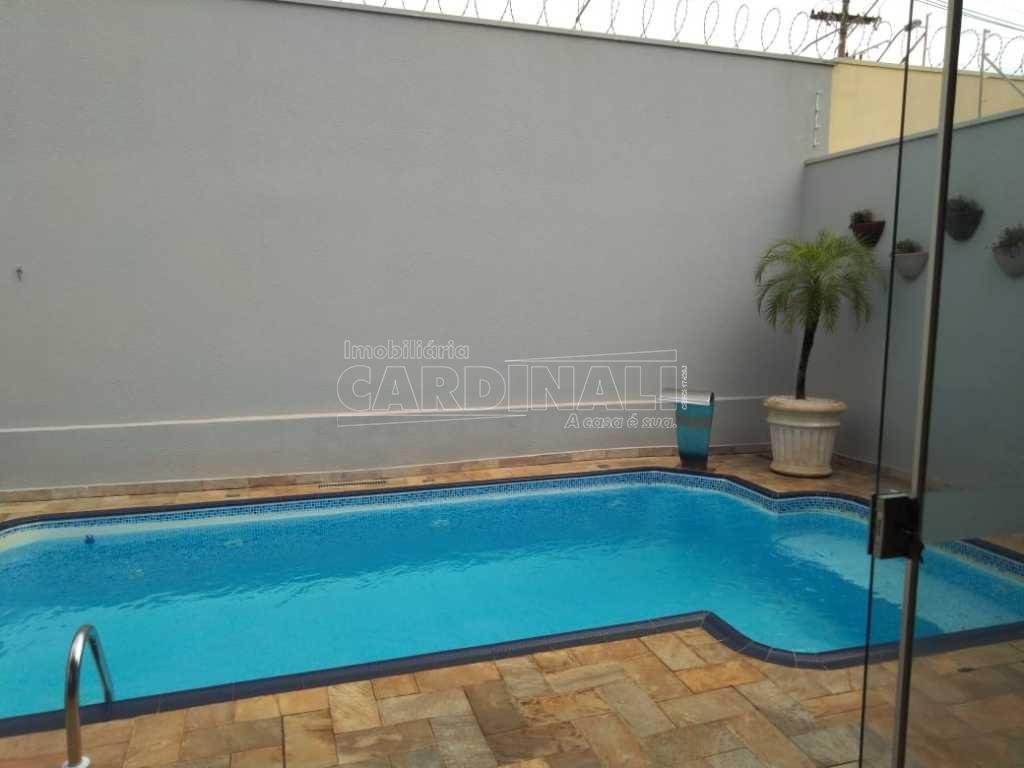 Alugar Casa / Condomínio em Araraquara. apenas R$ 850.000,00