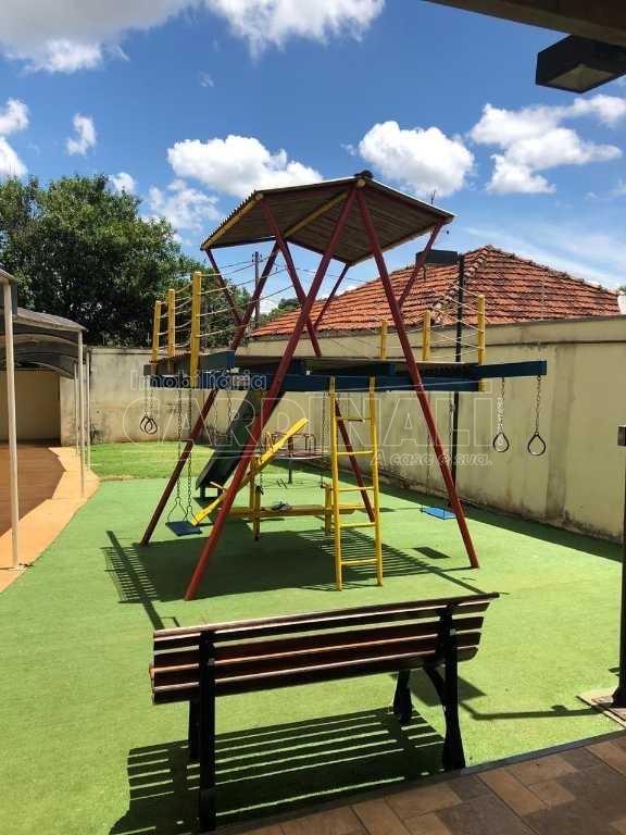 Alugar Apartamento / Padrão em Araraquara. apenas R$ 308.000,00