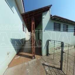 Alugar Casa / Padrão em São Carlos. apenas R$ 2.900,00