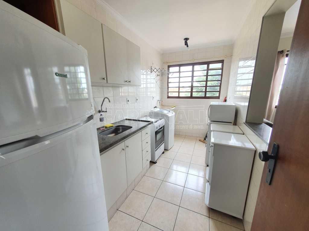 Alugar Apartamento / Padrão em São Carlos R$ 1.300,00 - Foto 9