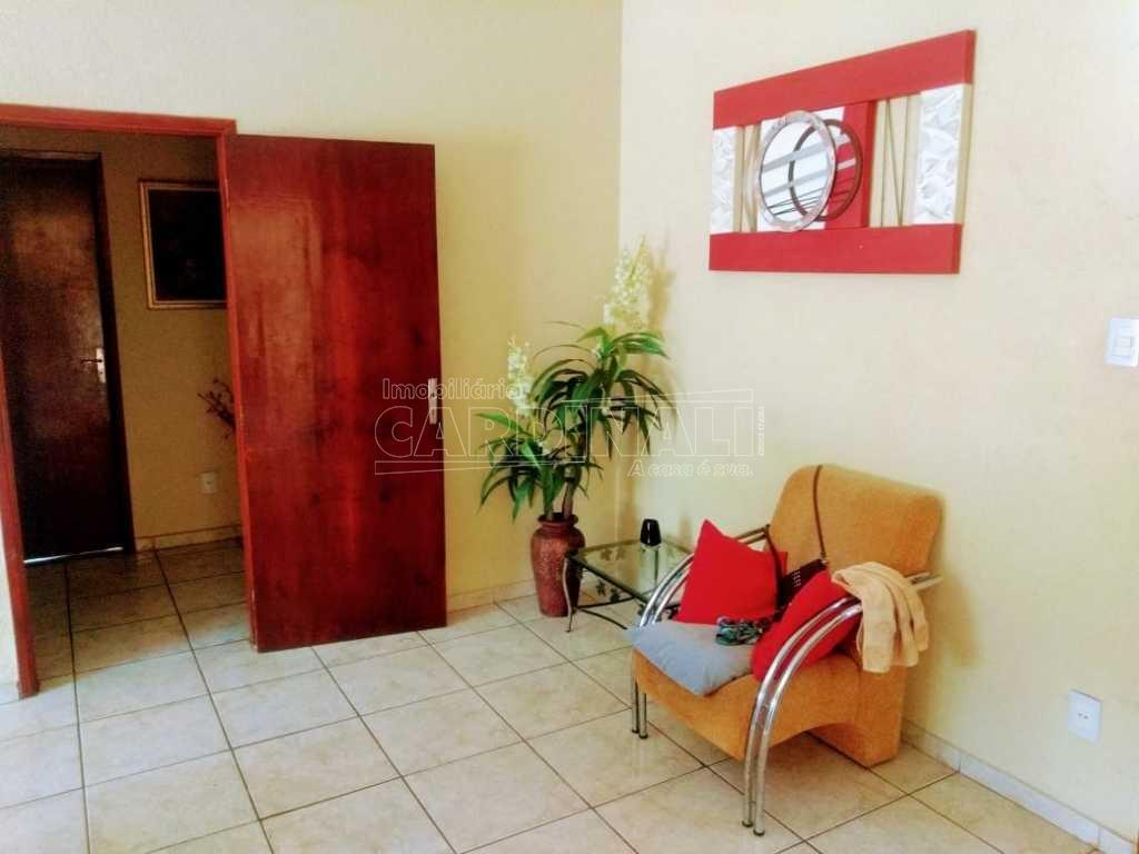 Alugar Casa / Padrão em Araraquara. apenas R$ 400.000,00