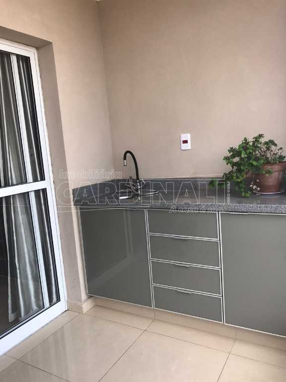 Alugar Apartamento / Padrão em Araraquara. apenas R$ 350.000,00