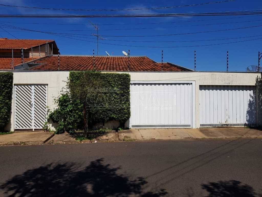 Alugar Casa / Padrão em Araraquara. apenas R$ 750.000,00