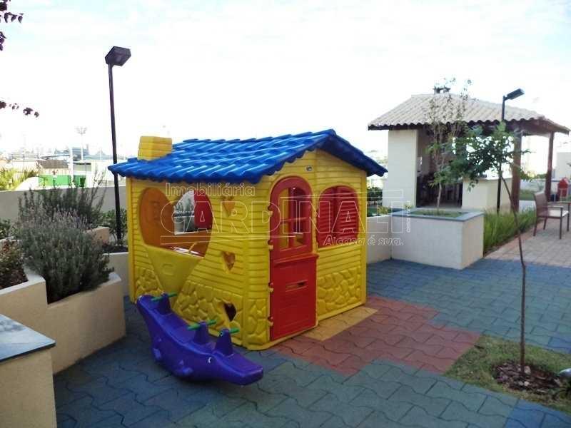 Alugar Apartamento / Padrão em São Carlos R$ 1.889,00 - Foto 2