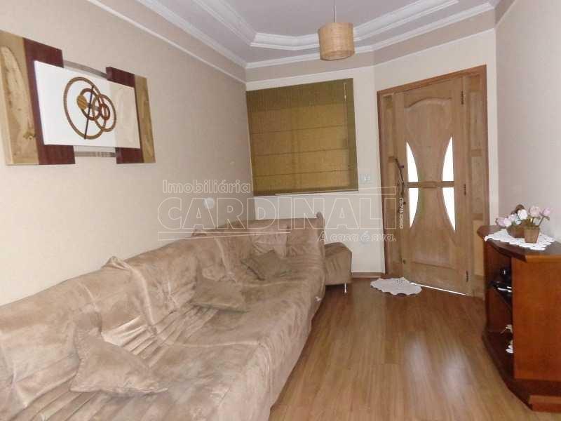 Alugar Casa / Padrão em São Carlos. apenas R$ 350.000,00