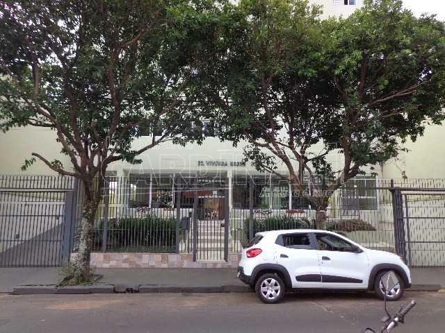 Alugar Apartamento / Padrão em São Carlos. apenas R$ 1.680,00