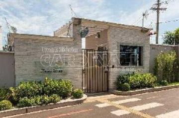 Alugar Apartamento / Padrão em São Carlos. apenas R$ 170.000,00