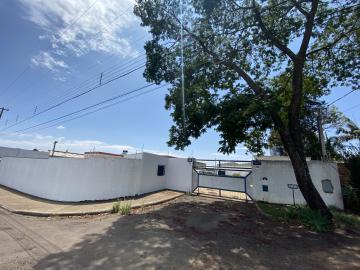 Alugar Comercial / Galpão em São Carlos. apenas R$ 13.000,00