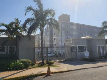 Alugar Apartamento / Padrão em São Carlos. apenas R$ 155.000,00
