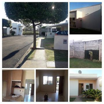 Casa / Condomínio em Araraquara , Comprar por R$240.000,00